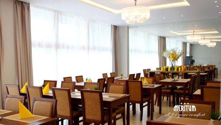 SNÍDAŇOVÁ RESTAURACE v Hotelu Meritum