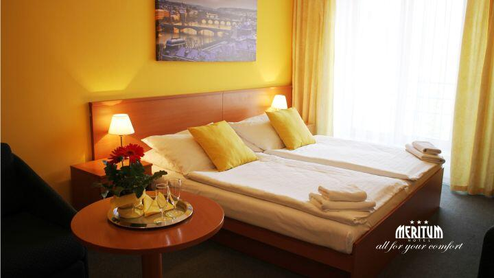 POKOJ v Hotelu Meritum